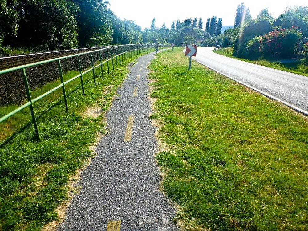 Turista Magazin Balaton Kerules Biciklivel